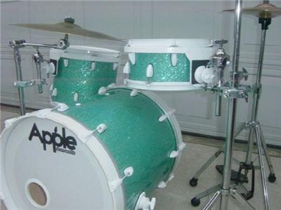 green sprakle drum kit